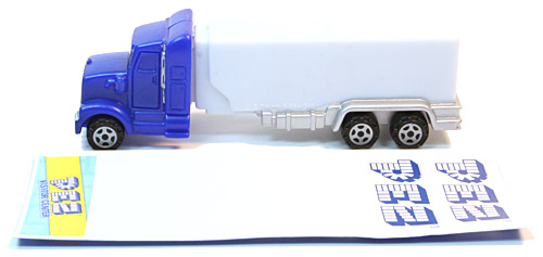 PEZ - Visitor Center - Empty Truck