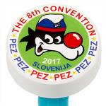 PEZ - Puck White Red / Blue font